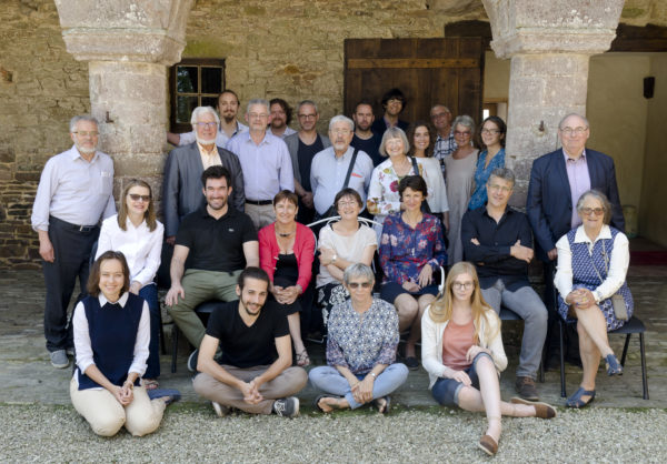 Photo de groupe du Colloque Ichtya 2017 à Cerisy